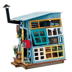 ROLIFE Wooden Hut DGM03