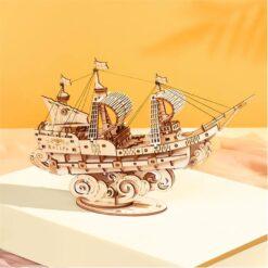 ROBOTIME Sailing Ship TG305